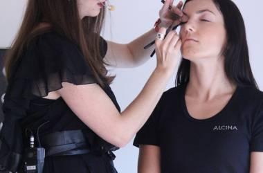 Líčení kosmetikou Alcina